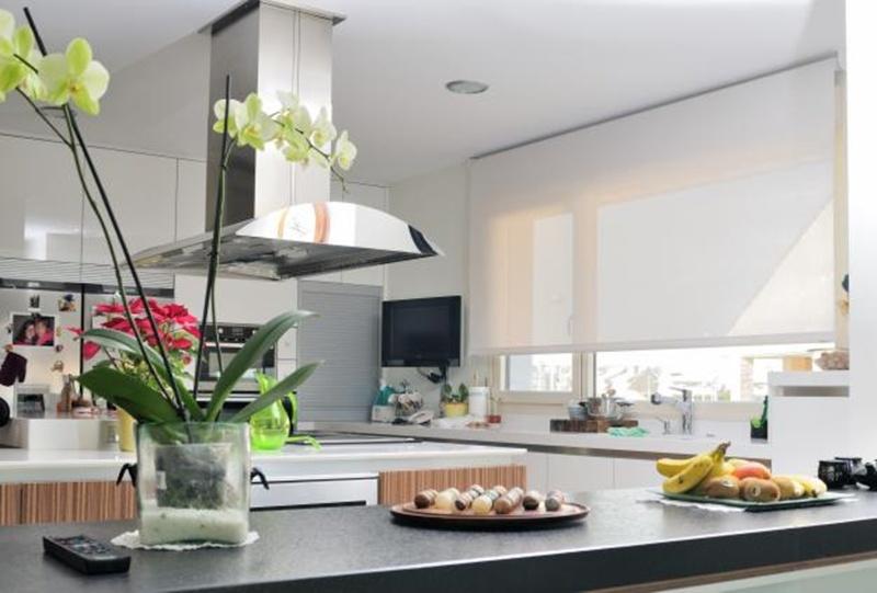 Estores modernos para cocina amazing el estor de cocina copas es moderno y original adems de - Estores cocina modernos ...