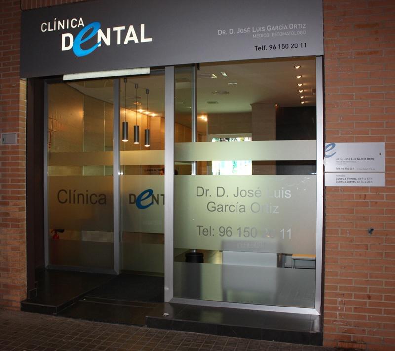 Cl nica dental garc a ortiz alaqu s viu gu a comercial - Planos de clinicas dentales ...
